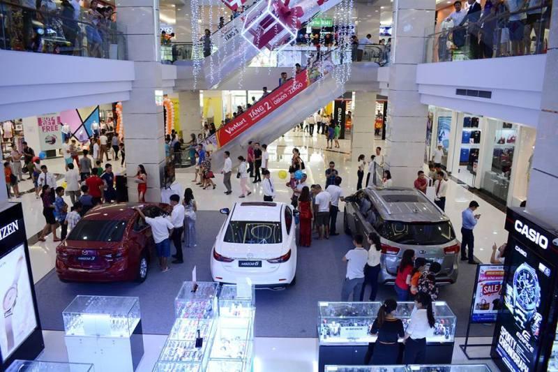mở tiệm chăm sóc xe hơi tại bãi giữ xe trung tâm thương mại