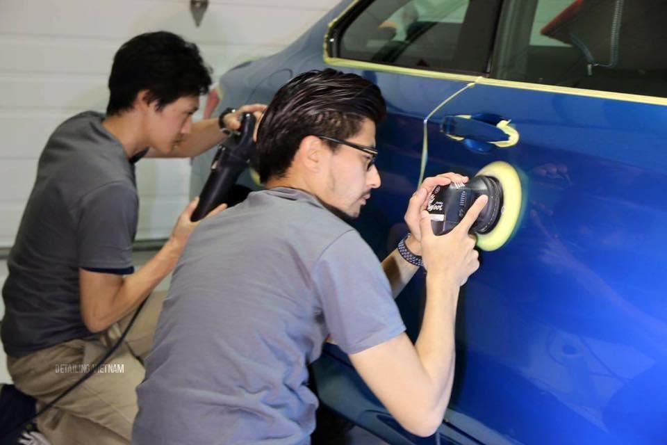 đánh bóng sơn xe ô tô