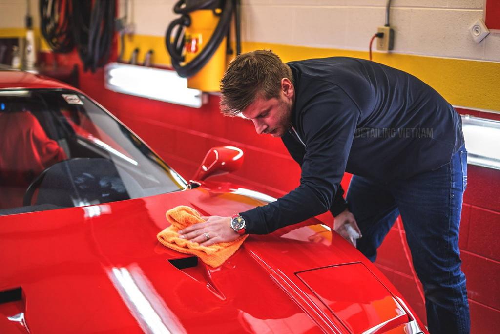 quy trình chăm sóc xe ô tô