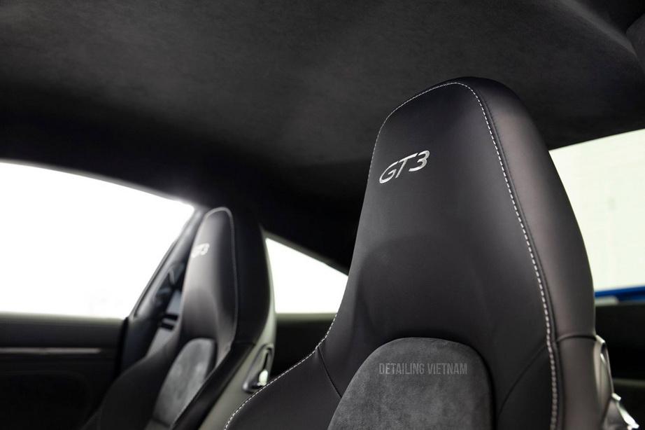 đổi màu ghế da xe hơi