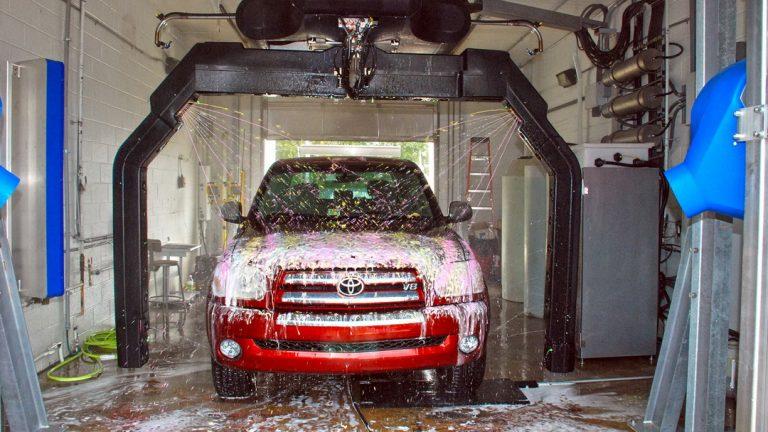 Nhượng quyền chuỗi rửa xe tự động