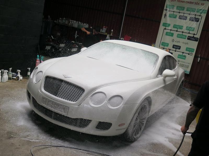 rửa xe detailing theo phương pháp 3 xô
